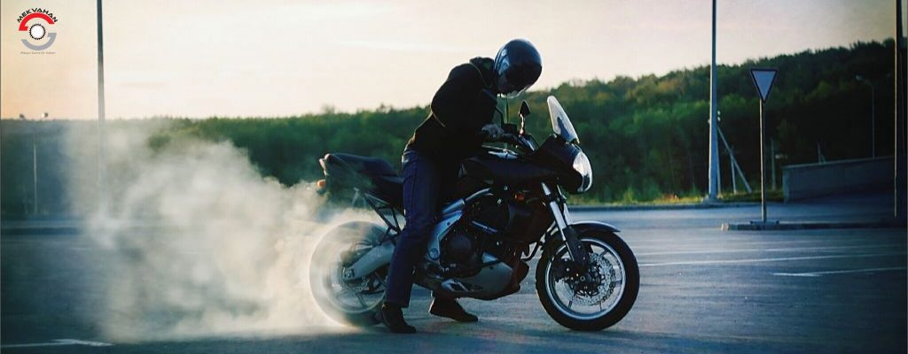 Reasons why your bike gives out smoke